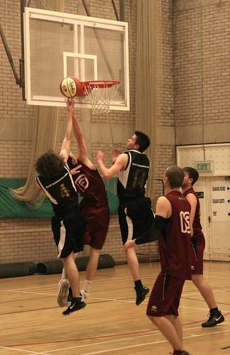 Basketball v Shef Hallam - Peter Iveson - 3/2/10 - IMG_0270