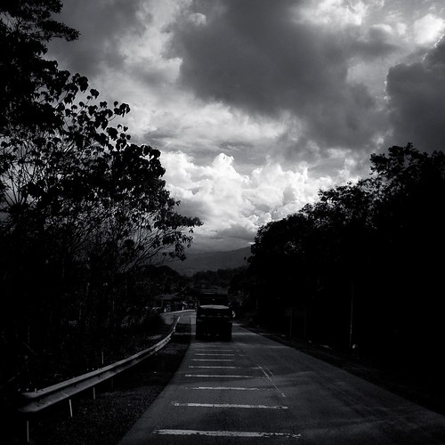 road to ranau