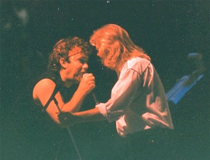 Jimmy and Johnny Sing a Duet at Adelaide GrandPrix Concert