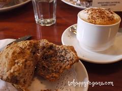 tai chi latte & raspberry choc chip muffin