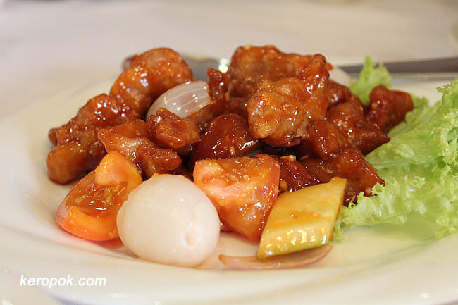 Pu Tien Sweet and Sour Pork with Lychee