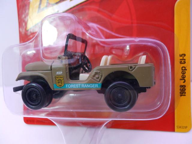 johnny lightning 1968 jeep cj-5 (2)