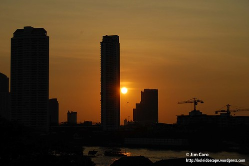 Sunset at Saphan Thaksin