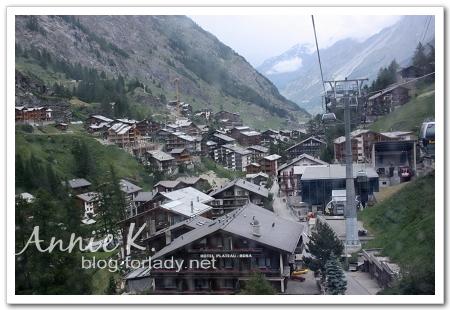 Zermatt_Zmutt纜車上