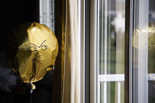 Angry Balloon 092909