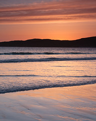 "Taransay Silhouette • <a style=""font-size:0.8em;"" href=""http://www.flickr.com/photos/26440756@N06/4522183284/"" target=""_blank"">View on Flickr</a>"