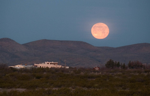 Las Cruces Moonrise