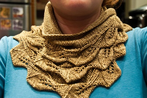 Cedar Leaf Shawlette - FINISHED