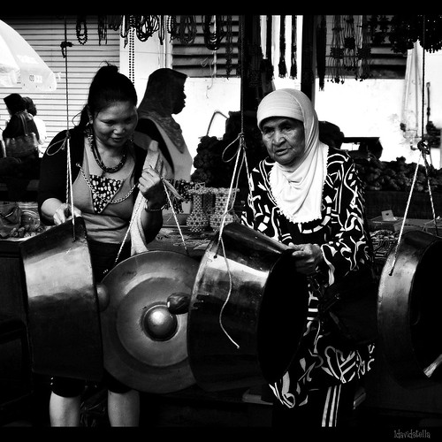 sweet sound of the gong, Putatan, Kota Kinabalu.