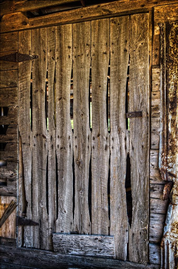 An Early American Screen Door