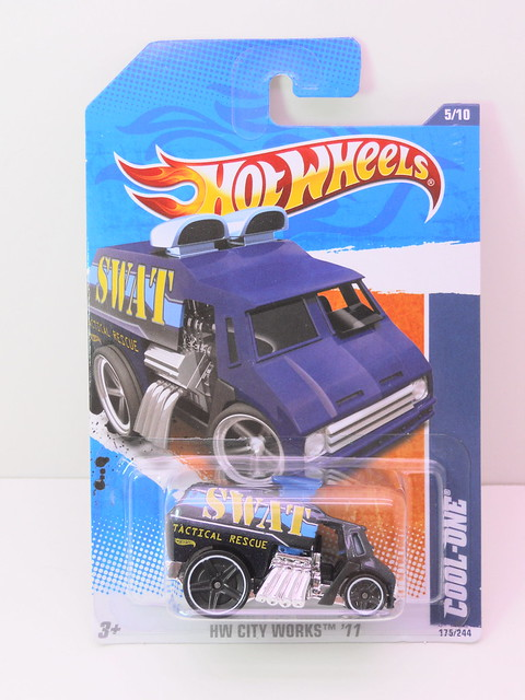 hot wheels cool-one SWAT (1)