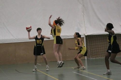 Netball v Sheffield - Peter Iveson - 24/2/10 - IMG_0035