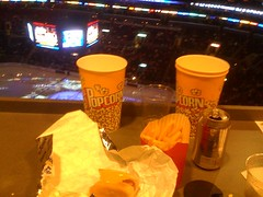 Grubbing from the #lakings press box thx to @epicstates & @nicefishfilms