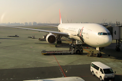 JAL to TOKYO.