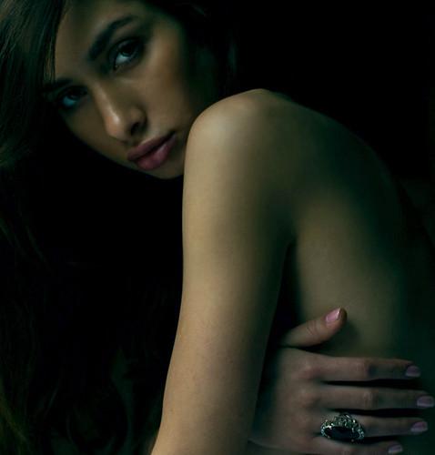 Sarah Ann, glamourous