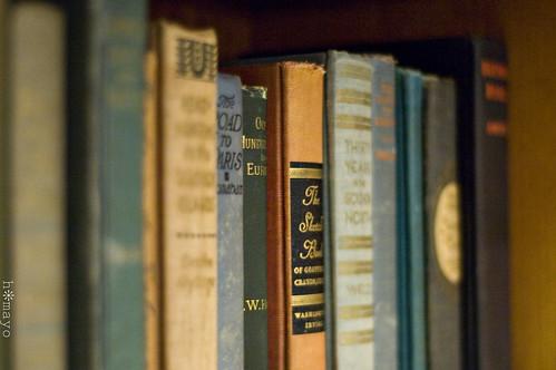 antiquebooks02