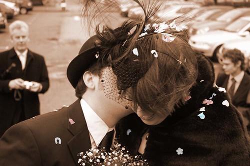 confettii kisses