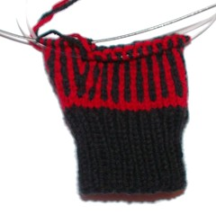 fingerless glove start