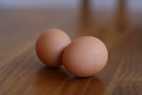 organic brown eggs