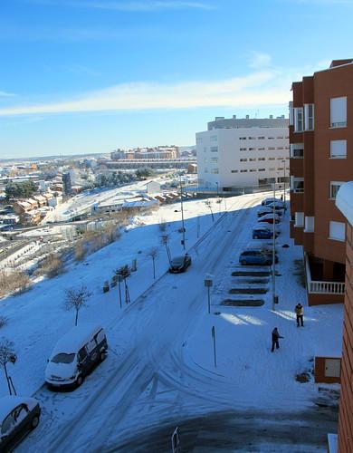 Arganda nevada y con sol