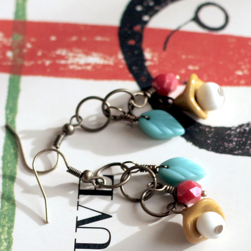 Retro spring earrings