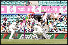 2009-10 SCG Test: Hussey Slog Sweep