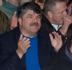 AFL-CIO President Richard Trumka blocking the ...