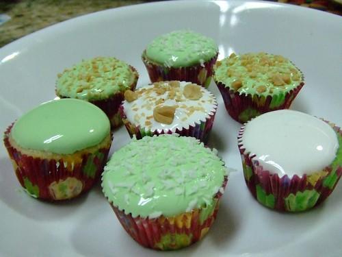 Mini Bánh Bao Chỉ Cupcakes