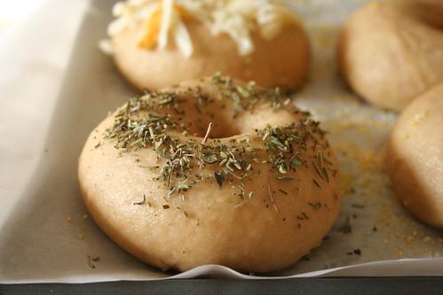 Herbs de provence bagel