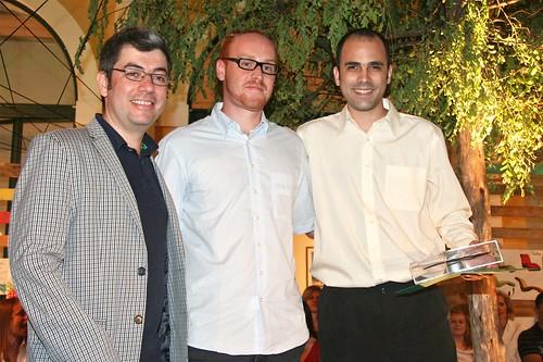 Rafael Von Rondon Gomes com Ademir Bueno, gerente de design e tendências da Tok&Stok e o designer Gustavo Bertolini.