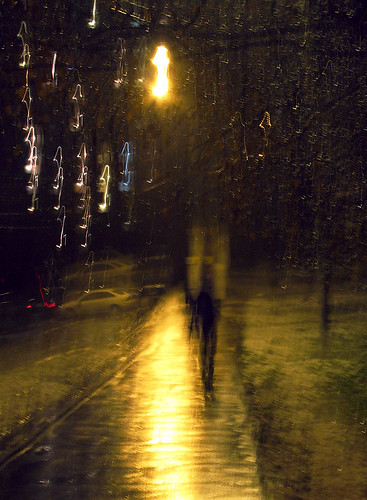 Night rain in Moscow