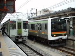 JR八高線と川越線のツーショット(Twoshot of JR Hachiko Line and Kawagoe Line at Komagawa Sta., Japan)