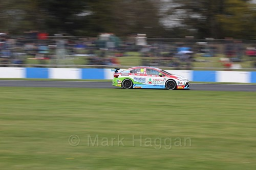 Tom Ingram in race one at the British Touring Car Championship 2017 at Donington Park