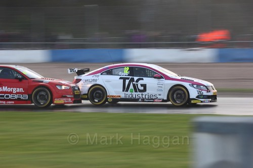 Mike Epps in race three at the British Touring Car Championship 2017 at Donington Park