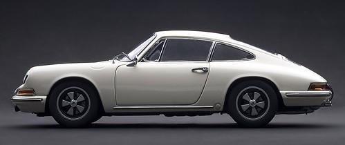 AutoArt Porsche 911 S