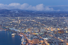 "Hakodate at dusk • <a style=""font-size:0.8em;"" href=""http://www.flickr.com/photos/63389963@N08/33240568815/"" target=""_blank"">View on Flickr</a>"