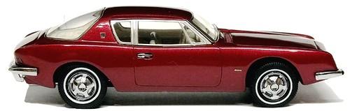 Automodello Studebaker Avanti 1963 (1)