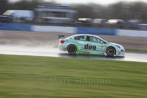 Rob Austin in race three at the British Touring Car Championship 2017 at Donington Park
