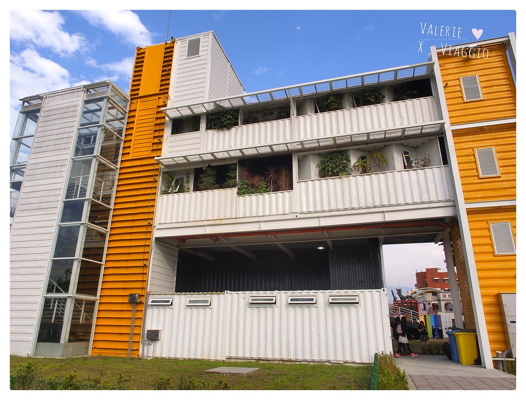 【屏東 Pingtung】I/o studio 青創聚落 結合餐廳與文創市集 彩色貨櫃屋新景點 - 輕旅行