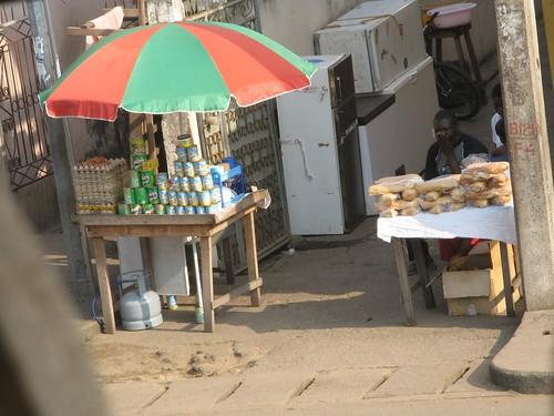 Breakfast vendor by Felix Krohn