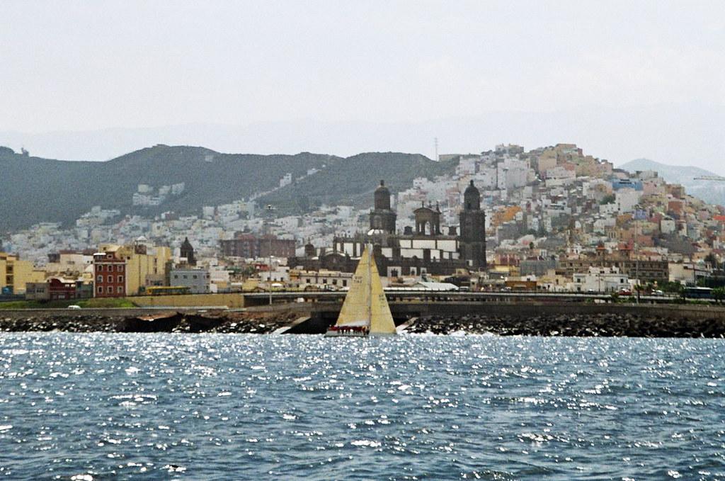 La catedral y vista de Las Palmas de Gran Canaria 02