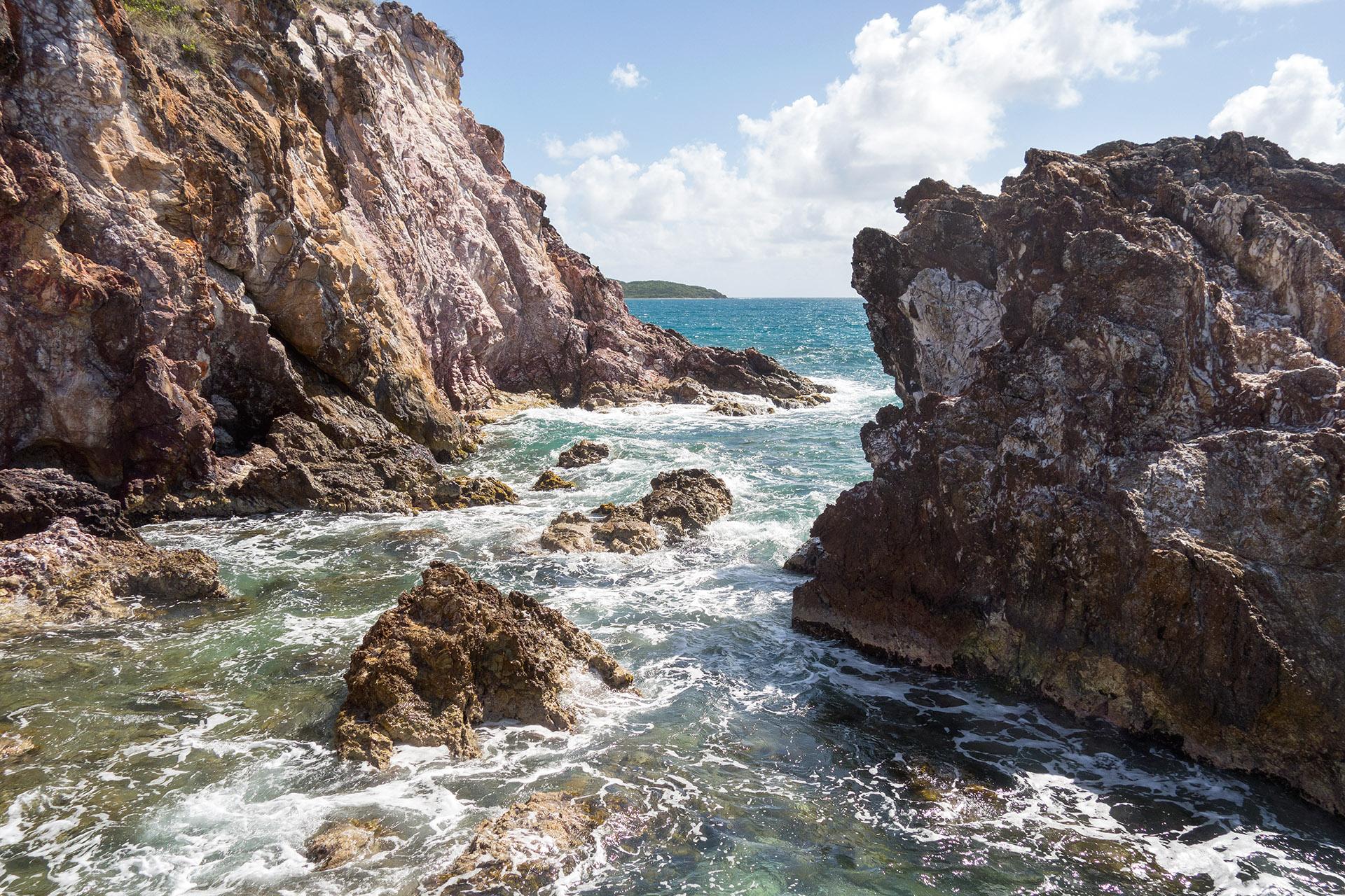 Rocks on Bolongo Bay.