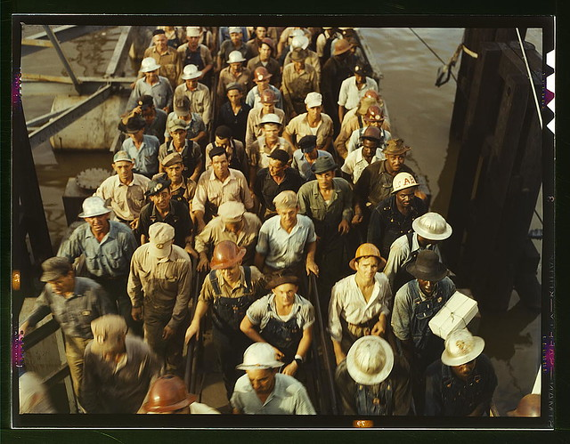Workers leaving Pennsylvania shipyards, Beaumont, Texas (LOC)