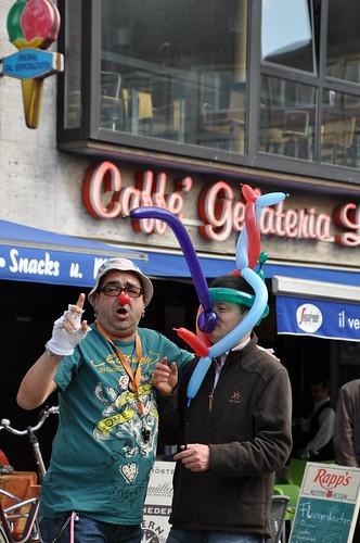 hilarious street performer