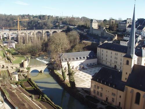 200802090002_Luxembourg-Wenzel-walk