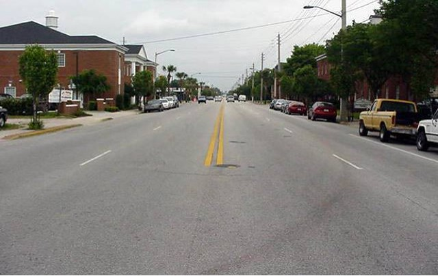 Edgewater Dr. in Orlando, FL Before Road Diet