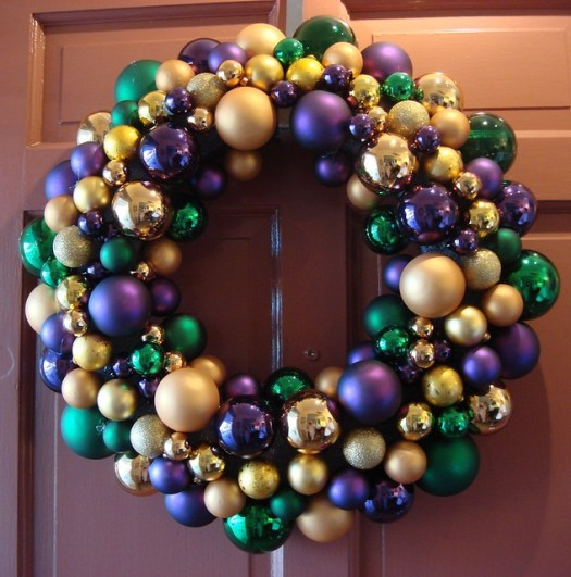 Mardi Gras / Ornament Wreath