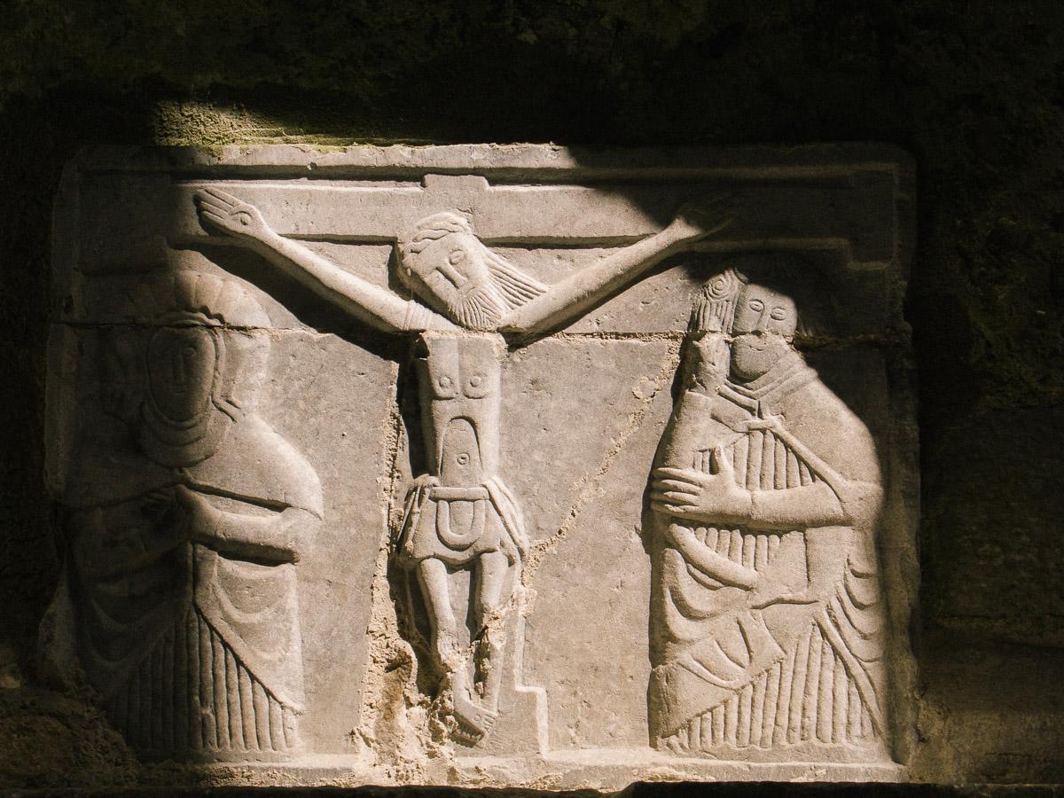 Relieves en la Roca de Cashel