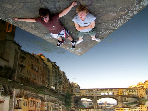Glued in Firenze - Christiaan Triebert