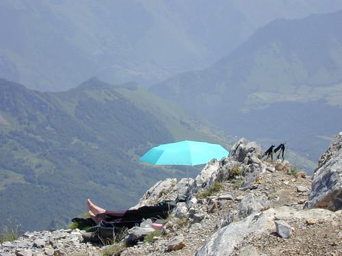 Dscn1358-w-umbrella